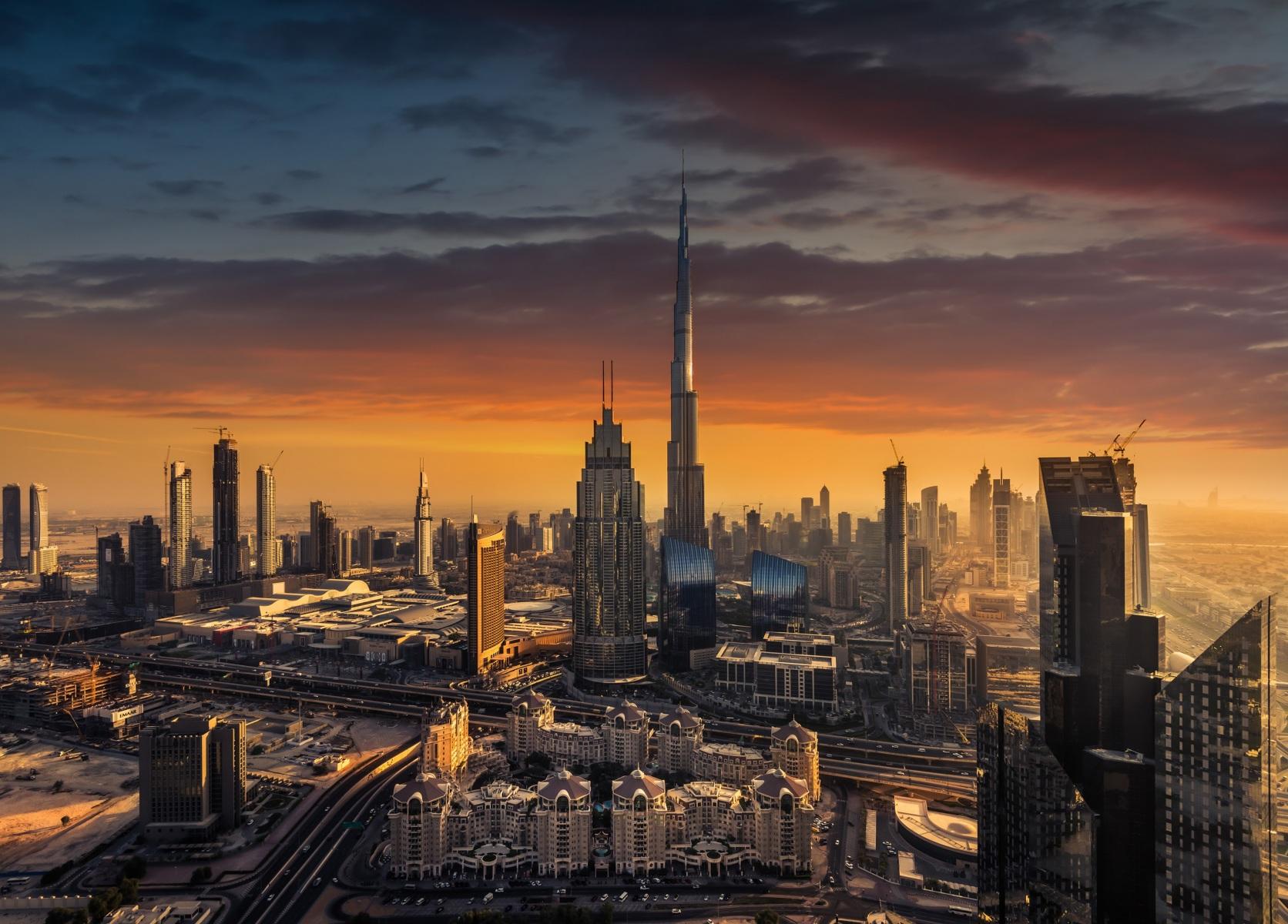 warm Dubai